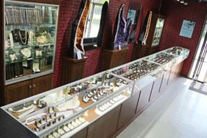 Jewelry-aisle-1